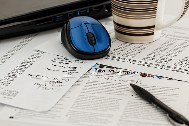 papíry k daním